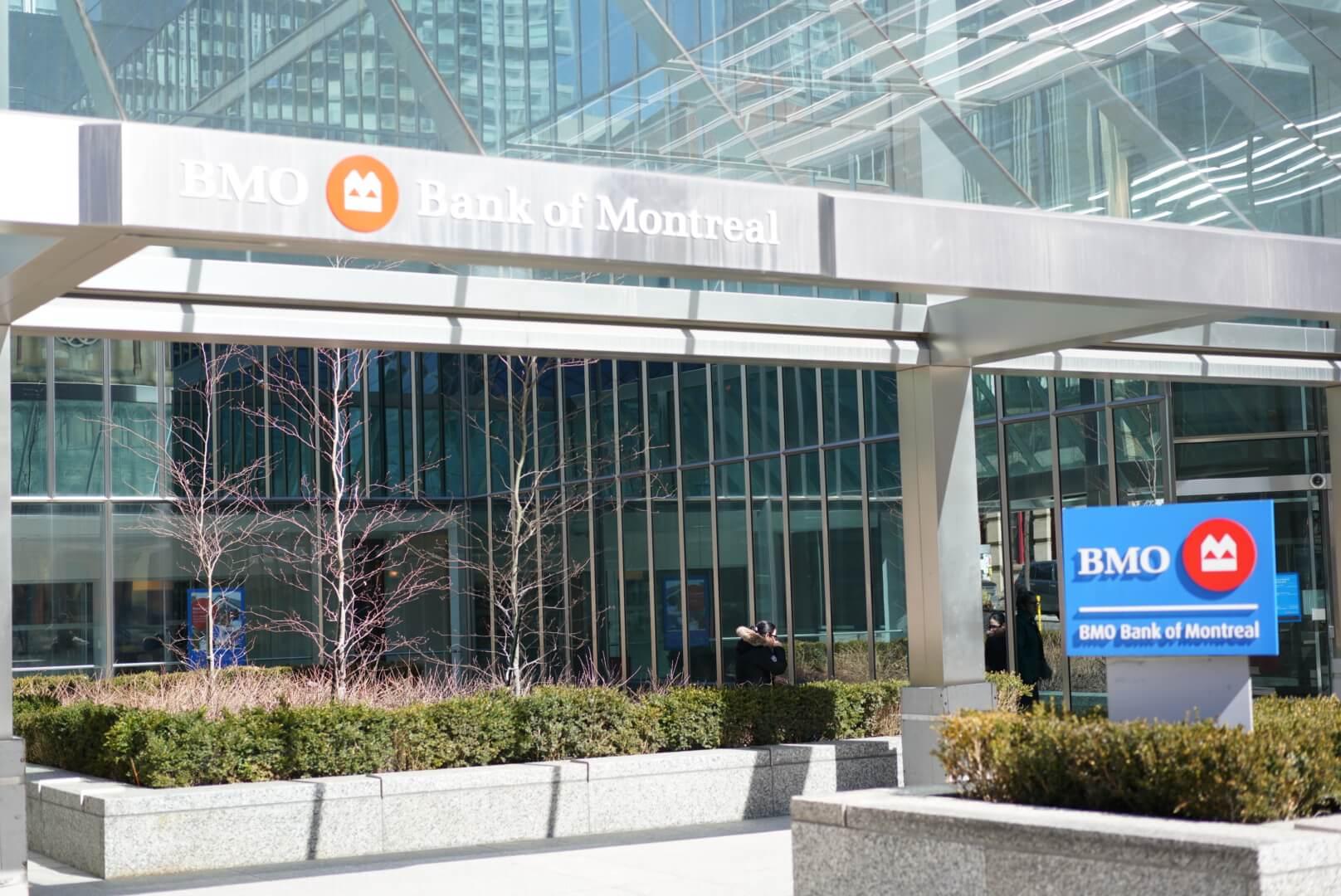 カナダ 銀行 BMO