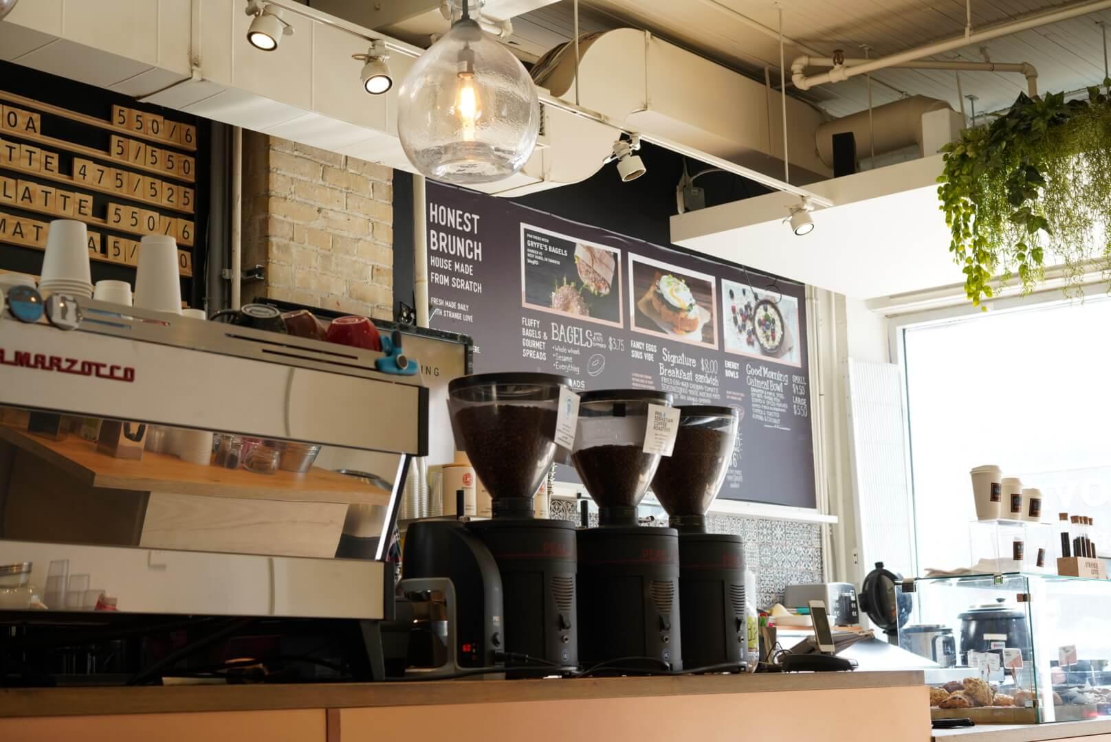 strange love coffeeの内装
