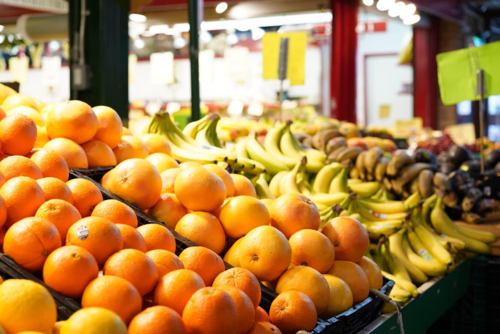 セントローレンスマーケット内の果物